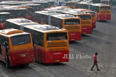Ilustrasi Bus Transjakarta (Nurul Hidayat/JIBI/Bisnis)