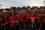 Ratusan Anggota Pasoepati Bernyanyi Peringati Ulang Tahun ke-14