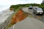 FOTO ABRASI PANTAI : Rusak Diterjang Abrasi Pantai