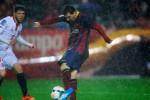 SEVILLA 1-4 BARCELONA : Messi Membungkam Kritik