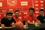 FOTO SPEEDY NBL INDONESIA 2013-2014 SERI SOLO : Jumpa Pers