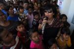 GUNUNG KELUD MELETUS : TNI Ingatkan Korban Erupsi Kelud Butuh Air Bersih