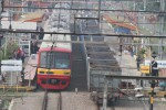 Kereta melintasi rel ganda di stasiun Kebayoran, Jakarta, Kamis (6/3/2014). (Endang Muchtar/JIBI/Bisnis)