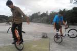 KOMUNITAS BMX FLATLAND Lincah Beraksi dengan Sepeda