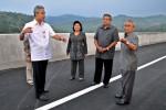 FOTO JALAN TOL SEMARANG-SOLO :  Presiden Meninjau proyek jalan tol Semarang-Solo
