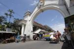 PASAR TRADISIONAL SOLO : 4 Pasar di Solo Ini Layak Anda Tengok!