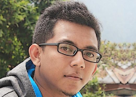Taufiq Effendibirulangite@yahoo.co.idPenikmat sejarah,tinggal di Solo