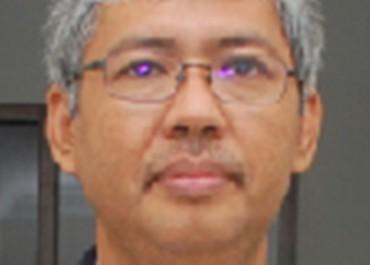Mulyanto yanto.mul@gmail.com   Dosen di Fakultas Ekonomi dan Bisnis Universitas Sebelas Maret (UNS) Kepala  Pusat Informasi dan Pembangunan Wilayah (PIPW) LPPM UNS