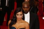 Kim Kardashian dan Kanye West tiba di Metropolitan Museum saat pembukaan Charles James: Beyond Fashion' di Upper Manhattan, New York pada 5 Mei 2014 (JIBI/Solopos/Reuters/Lucas Jackson)