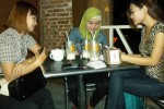 KISAH SALES PROMOTION GIRL : Busana Minimalis Kerap Tak Bisa Dihindari…