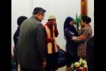 Ekspresi haru Mugiyono dan anaknya Raeni saat bertemu SBY dan Ani Yudhoyono (twitter)