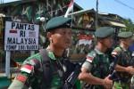 PERBATASAN INDONESIA-MALAYSIA : Rombongan Pimpinan MPR di Entikong Disambut Aksi Demonstrasi