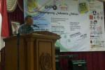 Rektor UNS Prof Dr Rafik Karsidi saat menjadi pembicara utama seminar. Mulyanto/JIBI/Solopos