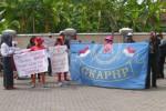 AKSI PEDAGANG : PKL Jl. Veteran di Sukoharjo Demo Lagi