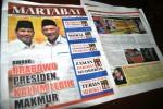 PILPRES 2014 : Pendukung Jokowi-JK Bakar Tabloid Martabat