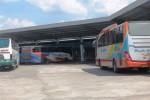 Suasana Terminal Dhaksinarga jelang lebaran 2014. Dishubkominfo Gunungkidul membuat kebijakan untuk mewajibkan tiap bus AKAP masuk ke terminal, Selasa (22/7/2014). (David Kurniawan/JIBI/Harian Jogja).