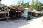 Warung-warung di Pantai Siung, Rabu (23/7/2014). (Kusnul Isti Qomah/JIBI/Harian Jogja)