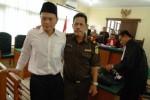 FOTO PEMBUNUHAN DI DEPOK : Ini Dia Pembunuh Sadis Siswi SMK Cibinong