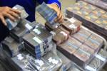Masyarakat Ogah Belanja, Simpanan di Bank Lampaui Rp5.000 Triliun!