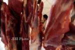 PENGAWASAN PANGAN : Daging Glonggongan dan Daging Ayam Suntik Ditemukan di Pasar Tradisional