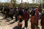 Para penjual jamu gendong mengikuti upacara Hari Ulang Tahun (HUT) ke-69 RI di halaman parkir agrowisata Jati Mas, Dusun Jatibedug, Desa Purworejo, Wonogiri, Minggu (17/8/2014). (JIBI/Solopos/Bony Eko Wicaksono)