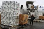 Bantuan USAID untuk menanggulangi ebola di Bandara Roberts di Monrovia, Liberia, Minggu (24/8/2014). (JIBI/Solopos/Reuters/James Giahyue)