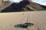 Batu berjalan di Lembah Kematian terungkap (latimes.com)