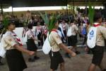 Anggota Pramuka Kwartir Cabang 11-31 Solo berangkat dari Lapangan Kottabarat, Kota Solo membawa tunas kelapa yang akan diberikan kepada Kwarcab Boyolali di Desa Ngemplak, Sawahan, dalam Estafet Tunas Kelapa, Senin (25/8/2014). Estafet Tunas Kelapa yang ke -32 tersebut akan berakhir di Kota Kebumen pada 30 Agustus 2014 mendatang. (Sunaryo Haryo Bayu/JIBI/Solopos)
