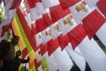 HUT RI : Warga Gremet Solo Karnaval Kostum Barang Bekas
