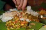 Ilustrasi makan menggunakan tangan (marcinasia.com)