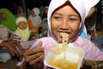 Ilustrasi makan mi (Burhan Aris Nugraha/JIBI/Solopos)