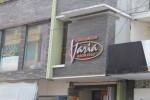 Kedai Pangan Varia yang menyediakan abon berkualitas di Solo