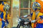 Sikh Avtar Mauni yang mengenakan serban sepanjang 645 meter (mirror.co.uk)