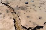 Tanah retak di Meksiko (news.com.au)