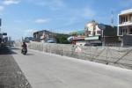 Pengguna jalan melintas di sekitar proyek flyover Palur, Karanganyar, beberapa waktu lalu. (Ponco Suseno/JIBI/Solopos)