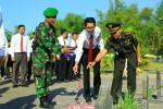 Karyawan Muncul Group Bersama TNI Kodim Bantul Ziarah Makam Pahlawan