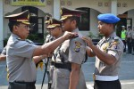 Kepala Polresta Jogja Komisaris Besar Polisi Slamet Santoso (kanan), melantik perwira pertama dan perwira menengah yang baru menjabat di Polresta Jogja, Selasa (2/9/2014). (JIBI/Harian Jogja/Humas)