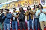Tujuh aktor India pemeran film serial televisi Mahabharata, (dari kiri ke kanan) Aham Sharma (Karna), Lavanya BharAdwaj (Sadewa), Vin Rana (Nakula), Arpit Ranka (Duryodana), Shaheer Sheikh (Arjuna), Saurav Gurjar (Bima), dan Rohit Bharadwaj (Yudistira), memberi salam seusai jumpa pers di Jakarta, Selasa (30/9/2014). Sejumlah kegiatan akan digelar di Jakarta dan Bali selama para pemeran serial televisi Mahabharata itu berkunjung di Indonesia. Di antaranya adalah tampil dalam pementasan Mahabharata Show Antv pada 3 Oktober 2014 mendatang. (JIBI/Solopos/Antara/Ismar Patrizki)