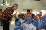 FOTO HAJI 2014 : Gubernur Ganjar Ajak Dialog Calon Haji