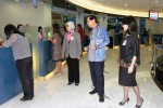 FOTO HARI PELANGGAN NASIONAL 2014 : Presiden Direktur BCA Sapa Nasabah