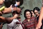FOTO JERO WACIK TERSANGKA : KPK Panggil Istri Menteri ESDM