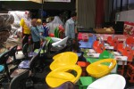 Konsumen sedang melihat Bazaar Furnitur di Nikita Furniture Jogja. (Abdul Hamied Razak/JIBI/Harian Jogja)