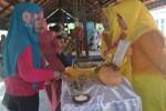 Salah satu stand kuliner di Festival Kuliner Banjaroya, Minggu (21/9/2014). (Foto Dok Panitia)