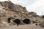 Penjara bawah tanah di Turki yang diduga pernah digunakan oleh Drakula (news.com.au)