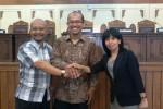 Ketua DPRD Kota Jogja Sujanarko (kiri), Wakil Ketua I, Muhammad Ali Fahmi (tengah) dan Wakil Ketua II Ririk Banowati Permanasari (kanan). (Uli Febriarni/JIBI/Harian Jogja)