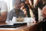 Barang bukti ganja yang dibawa muda-mudi saat berlibur ke Gunungkidul, Senin (1/9/2014). (David Kurniawan/JIBI/Harian Jogja)