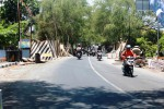 Suasana perbaikan Jembatan Jeruksari, Wonosari, Sabtu (27/9/2014). (David Kurniawan/JIBI/Harian Jogja)