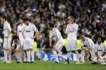 Para pemain Real Madrid tertunduk lesu saat menderita kekalahan. Ist/onfootball.co.uk