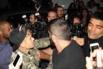 Foto Justin Bieber saat memukul Fotografer Prancis (dailymail.com)