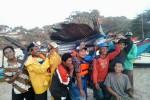 Ikan Layaran seberat 55 kg yang ditangkap nelayan Pantai Drini, Selasa (30/9/2014). (JIBI/Harian Jogja/Dok. SAR Satlinmas Wilayah II Gunungkidul Posko Drini)
